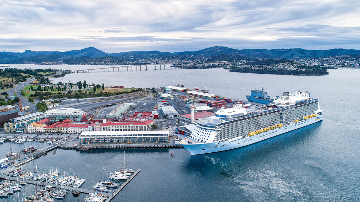 Hobart cruise ship